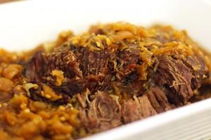 carne na cebola