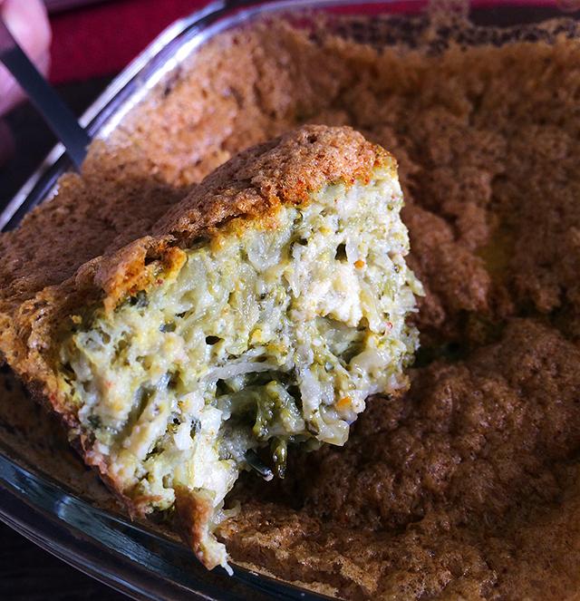 sufle de brocolis e queijo coalho