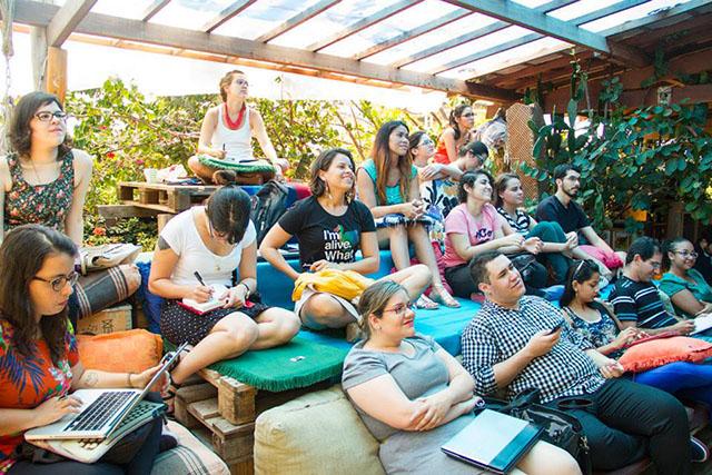 social mesa de bar 9