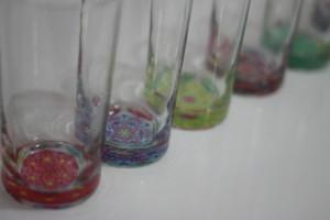 Copo-com-fundo-colorido